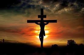 O ego inflado do homem que cria, à sua imagem e semelhança, um Cristo que não é mais o das escrituras Cristo, ego